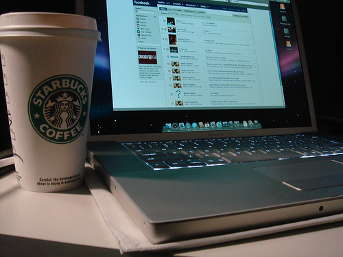 starbucks_laptop